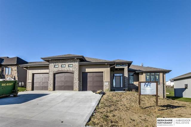 Property for sale at 518 Brentwood Drive, Gretna,  Nebraska 68028