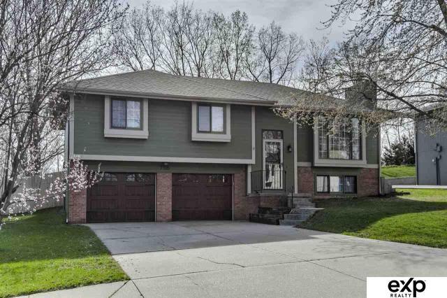 Property for sale at 7705 S 70 Street Circle, La Vista,  Nebraska 68128
