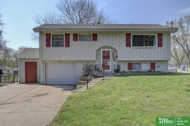 Property for sale at 7524 S 76th Avenue, La Vista,  Nebraska 68128