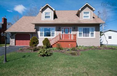 33 Ascot Way, Lower Sackville, NS B4E 2J2, 4 Bedrooms Bedrooms, ,4 BathroomsBathrooms,Residential,For Sale,33 Ascot Way,201709608