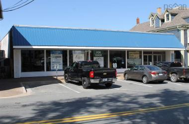 194 Main Street, Liverpool, NS B0T 1K0, ,Commercial,For Rent,194 Main Street,202002014