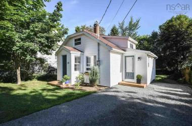 25 William Street, Hantsport, NS B0P 1P0, 2 Bedrooms Bedrooms, ,1 BathroomBathrooms,Residential,For Sale,25 William Street,202014946