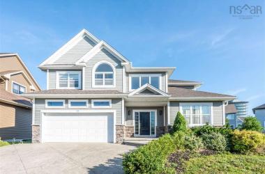 23 Sophia Street, Halifax, NS B3S 0C7, 4 Bedrooms Bedrooms, ,4 BathroomsBathrooms,Residential,For Sale,23 Sophia Street,202015263