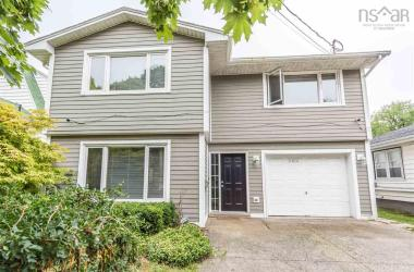 6614 First Street, Halifax, NS B3L 1E2, 4 Bedrooms Bedrooms, ,3 BathroomsBathrooms,Residential,For Sale,6614 First Street,202015778