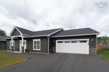 1745 Greenwood Road, Kingston, NS B0P 1R0, 4 Bedrooms Bedrooms, ,2 BathroomsBathrooms,Residential,For Sale,1745 Greenwood Road,202018303