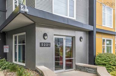 114 5221 Cornwallis Street, Halifax, NS B3K 0B6, 1 Bedroom Bedrooms, ,1 BathroomBathrooms,Residential,For Sale,114 5221 Cornwallis Street,202018722