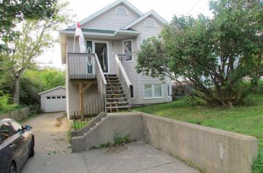 37 Renfrew Street, Dartmouth, NS B2Y 2M4, 3 Bedrooms Bedrooms, ,2 BathroomsBathrooms,Residential,For Sale,37 Renfrew Street,202019274
