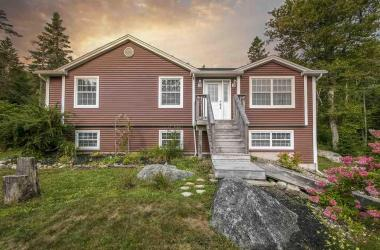 1921 Old Sambro Road, Williamswood, NS B2V 1B9, 4 Bedrooms Bedrooms, ,2 BathroomsBathrooms,Residential,For Sale,1921 Old Sambro Road,202019767