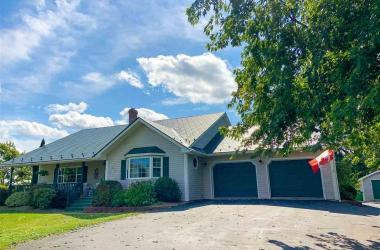 415 Gabriel Road, Falmouth, NS B0P 1L0, 4 Bedrooms Bedrooms, ,3 BathroomsBathrooms,Residential,For Sale,415 Gabriel Road,202019866