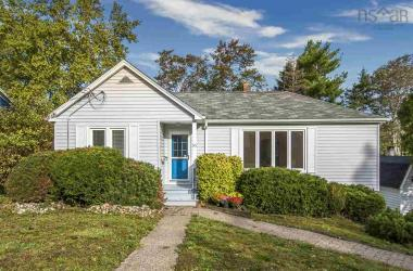 53 Arlington Avenue, Fairmount, NS B3N 1Z9, 3 Bedrooms Bedrooms, ,1 BathroomBathrooms,Residential,For Sale,53 Arlington Avenue,202020469