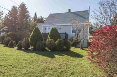 6991 Highway 207, West Chezzetcook, NS B0J 1N0, 3 Bedrooms Bedrooms, ,1 BathroomBathrooms,Residential,For Sale,6991 Highway 207,202021008