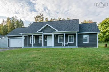 1148 Lanzy, Kentville, NS B4N 2V2, 3 Bedrooms Bedrooms, ,2 BathroomsBathrooms,Residential,For Sale,1148 Lanzy,202021333