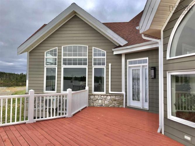 83 Bastion Avenue, Louisbourg, NS B1C 0A1, 4 Bedrooms Bedrooms, ,6 BathroomsBathrooms,Residential,For Sale,83 Bastion Avenue,202021399