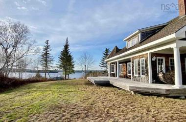 1154 East Sable Road, East Sable River, NS B0T 1V0, 6 Bedrooms Bedrooms, ,5 BathroomsBathrooms,Residential,For Sale,1154 East Sable Road,202024225
