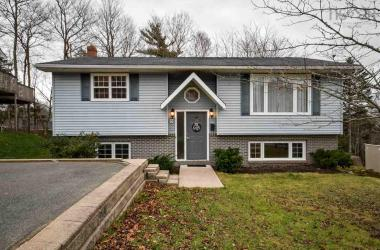 131 Sunnyvale Crescent, Lower Sackville, NS B4E 2S6, 3 Bedrooms Bedrooms, ,2 BathroomsBathrooms,Residential,For Sale,131 Sunnyvale Crescent,202024404