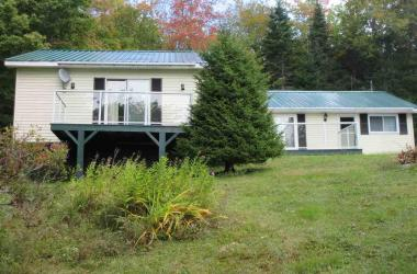148 HILLCREST Drive, East Loon Lake Village, NS B0K 1C0, 3 Bedrooms Bedrooms, ,2 BathroomsBathrooms,Residential,For Sale,148 HILLCREST Drive,202100467