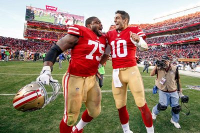 San Francisco 49ers give G Laken Tomlinson three-year extension San Francisco 49ers give G Laken Tomlinson three-year extension San Francisco 49ers give G Laken Tomlinson three year extension