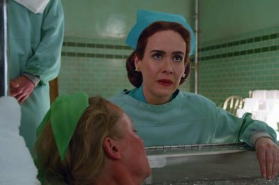 Look: Sarah Paulson is Nurse Ratched in new Netflix series ...