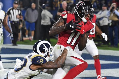 Jones attends workout with Falcons teammates Jones attends workout with Falcons teammates