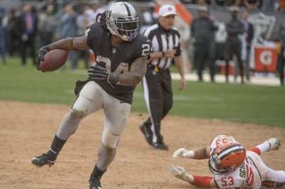 Raiders outlast Browns in battle of frustrated fan bases Raiders outlast Browns in battle of frustrated fan bases