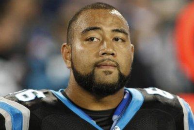 Carolina Panthers G Amini Silatolu to undergo knee surgery Carolina Panthers G Amini Silatolu to undergo knee surgery