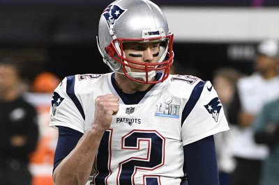 Tom Brady to report early for training camp Tom Brady to report early for training camp