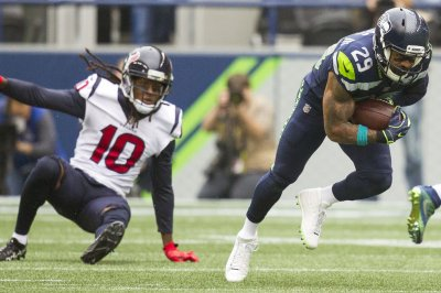 Seahawks S Thomas fined for gesture Seahawks S Thomas fined for gesture