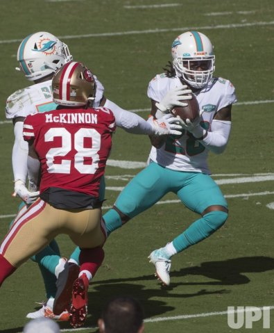 San Francisco 49ers vs Miami Dolphins - UPI.com