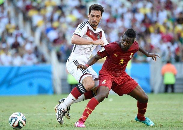 Ghana's Asamoah Gyan refutes Cristiano Ronaldo's 'record' Ghana's Asamoah Gyan refutes Cristiano Ronaldo's 'record' World Cup Ghanas Gyan refutes Ronaldos goal scoring record