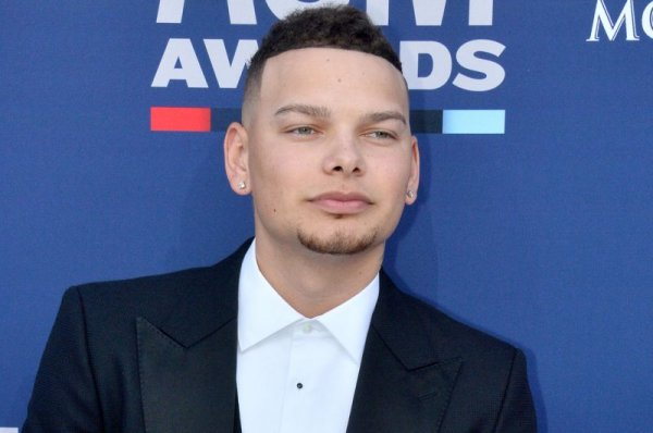 Kane Brown on deceased drummer Kenny Dixon: