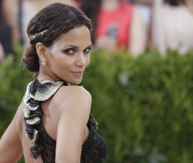 Halle Berry Attends The Costume Institute Benefit At The Metropolitan Museum Of Art On May 1 The Actress Shared A Naked Picture Tuesday On Instagram