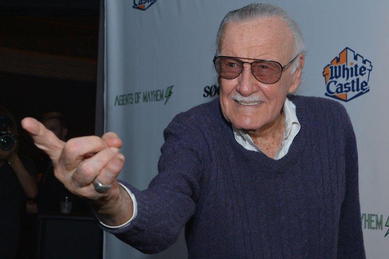 Stan Lee Turns 95 Avengers Stars Chris Evans Mark