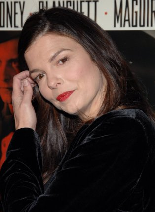 Jeanne Tripplehorn News Quotes Wiki