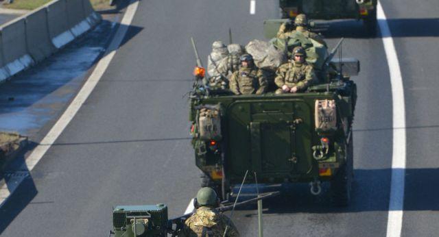 Znalezione obrazy dla zapytania amerykanskie wojsko na slowacji zdjecia