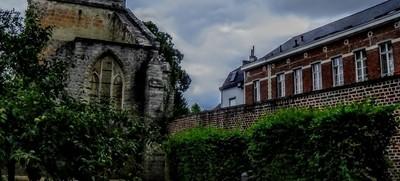 Begijnhofkerk (Paterskerk) Tienen Belgium Photo1 The first Beguinage Church in Belgium was built in Liège in 1240 in Beguinage. Tienen is often ment by theoherbots