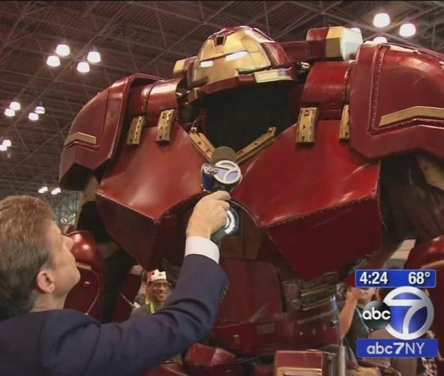 New York Comic Con Takes Center Stage This Weekend At The Javits Center Abc7ny Com