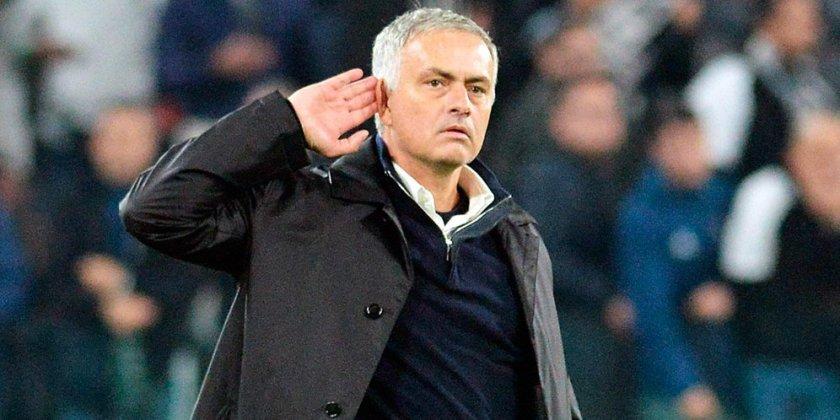 Dipecundangi Barcelona, Mourinho Sebut Madrid Lembek