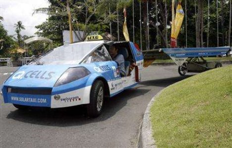 Solar Taxi attempts to circle globe
