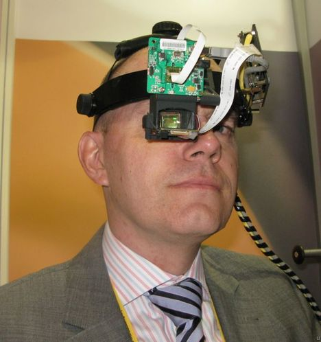 Head Mounted Displays Target Augmented Reality Applications