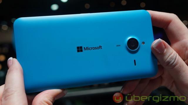 Microsoft-Lumia-640-XL-06