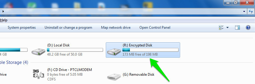How To Password-Protect A USB Drive | Ubergizmo