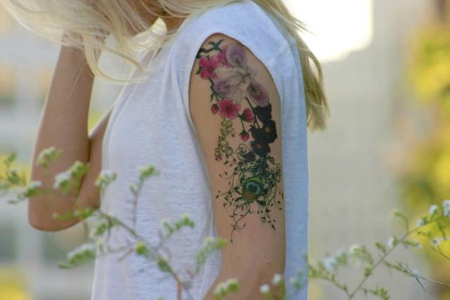 Momentary-Ink-Arm-Flower-closeup