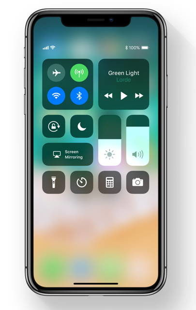 Toggling Off Bluetooth & WiFi In iOS 11's Control Center