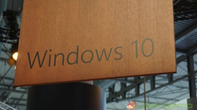 Major Windows 10 Update Delayed Due To Blue Screen Of Death
