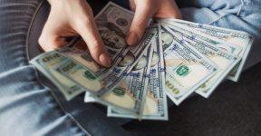 compras dólar para viagem