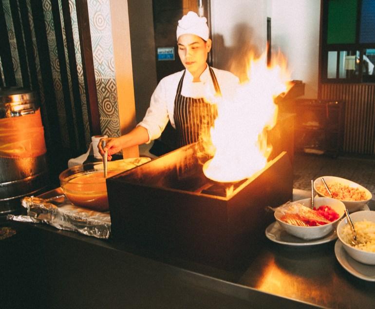 Railay Princess Resort & Spa - é possível pedir ovos mexidos e omeletes que são preparados na hora