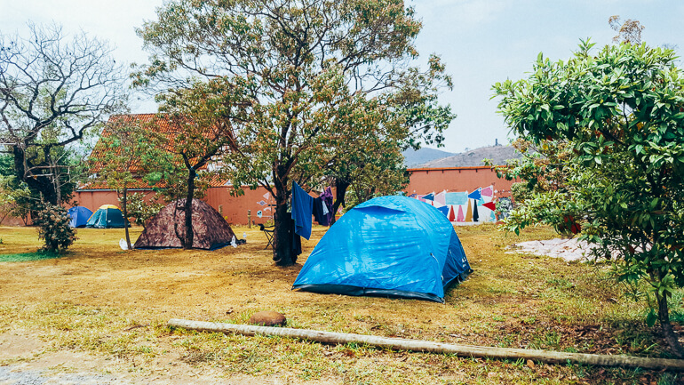 Área de camping (existem dois espaços para montar acampamento) - Camping Viveiro