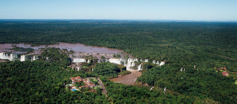 Cataratas do Iguaçu vista do passeio de helicóptero