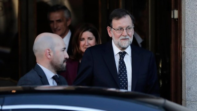 Spain: 2 former premiers testify in slush fund trial
