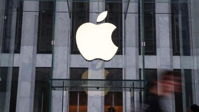 Russia fines Apple for abusing its dominant position